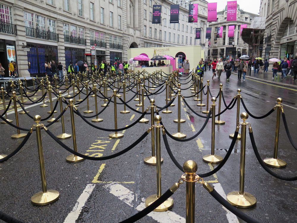 Fixed Leg Barrier Hire For Crowd Control in London
