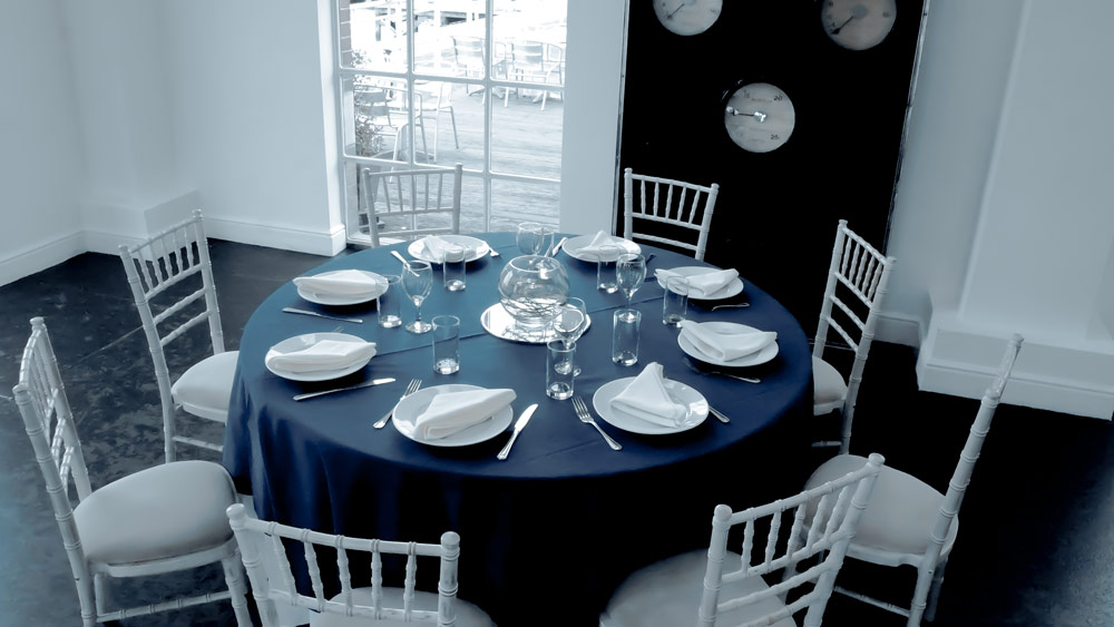 Round tables with linen